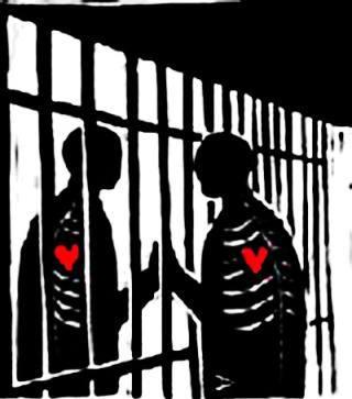 love-through-prison-bars1